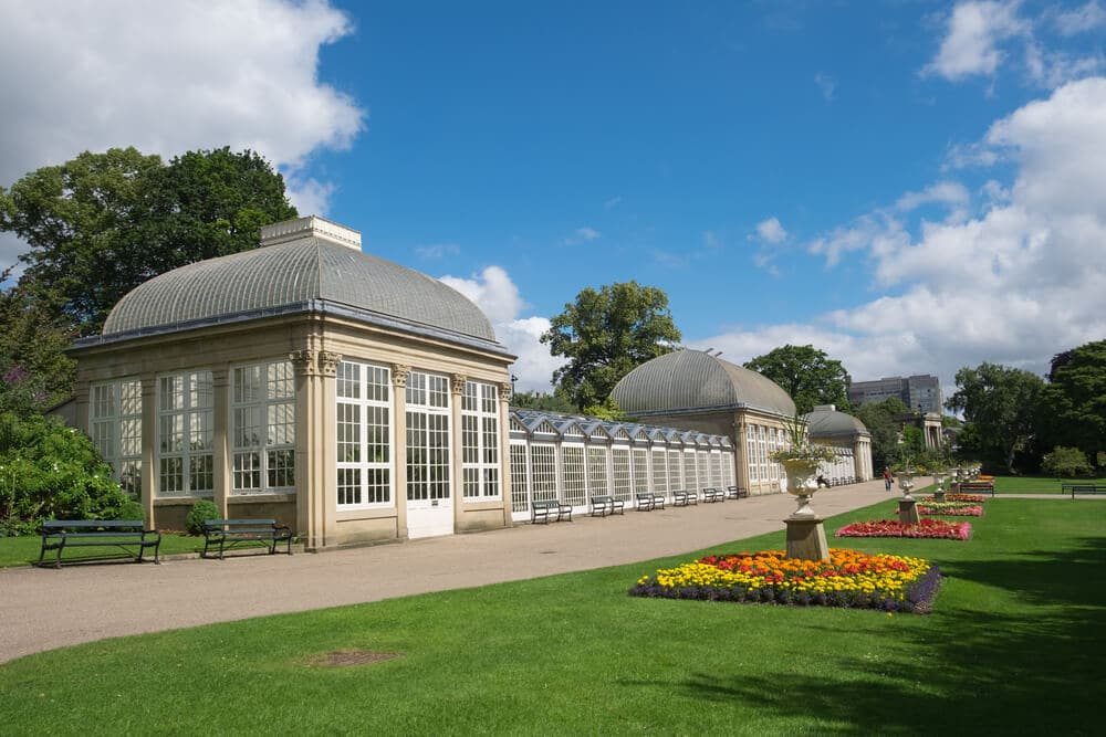 outdoor activities in sheffield botanical gardens